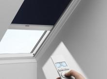 VELUX - Zcela zatemňující roleta DSL - solární pohon